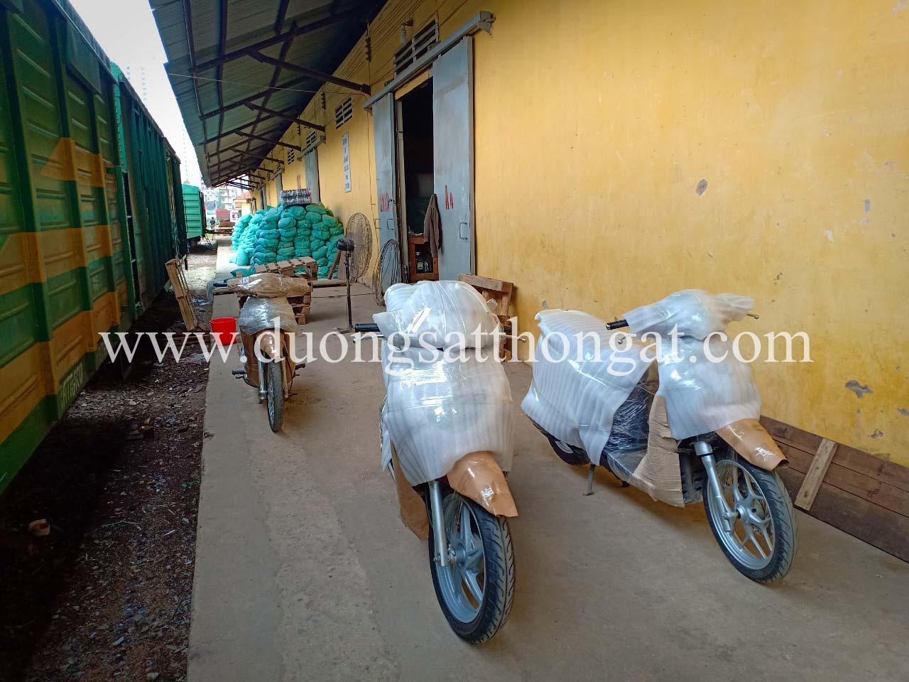 Dịch vụ gửi xe máy Bắc Nam từ Hà Nội vào Nha Trang, Đà Nẵng, Sài Gòn